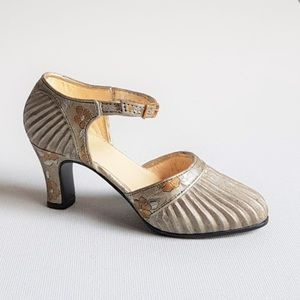 Just The Right Shoe Sunray